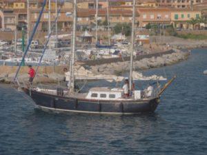 isola rossa charter